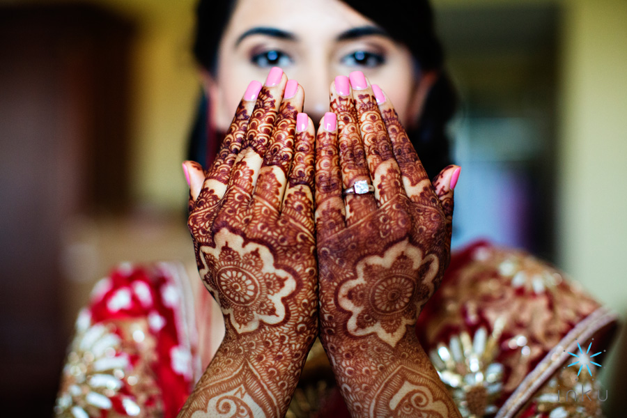 henna hands indian bride wedding